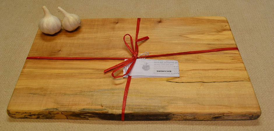 Engraved Pizza Board Personalised Pizza Board In Oak By